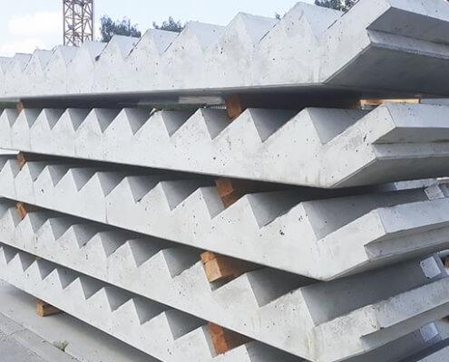 schody 495x400 Bloczek betonowy